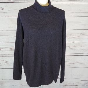 BORDEAUX Sweater. NWT